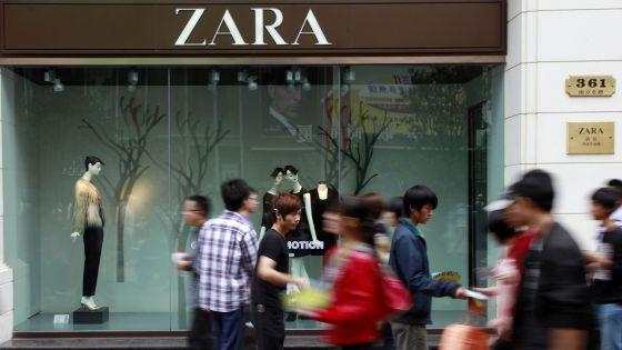 a7b935c56da Una tienda de Zara en Shanghái (China).
