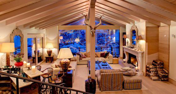 Casas de lujo a pie de pista vivienda el pa s for Sala de estar de mansiones