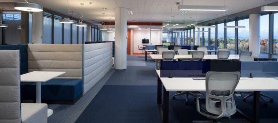 Oficinas sin despachos ni papeles vivienda el pa s for Trabajar en oficinas de mercadona