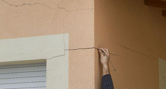 Adi s a las grietas en las paredes vivienda el pa s for Como reparar un cristal agrietado