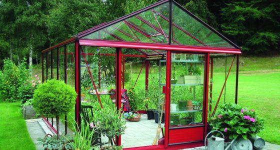 Invernaderos pensados para el cultivo y el descanso for Construccion de viveros e invernaderos