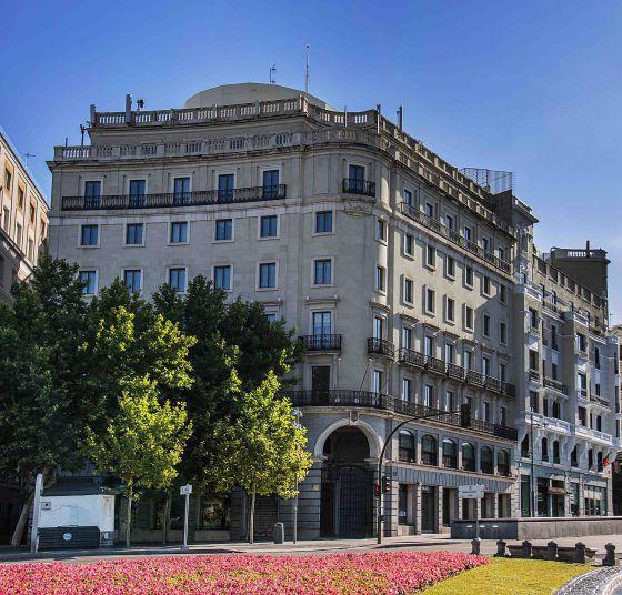 edificio de mapfre en el nmero de la plaza de la de madrid