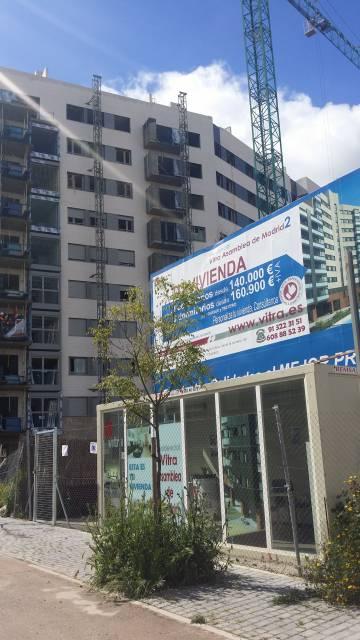 615622f8cd9db Promoción de Vitra en el eco barrio de Puente de Vallecas.