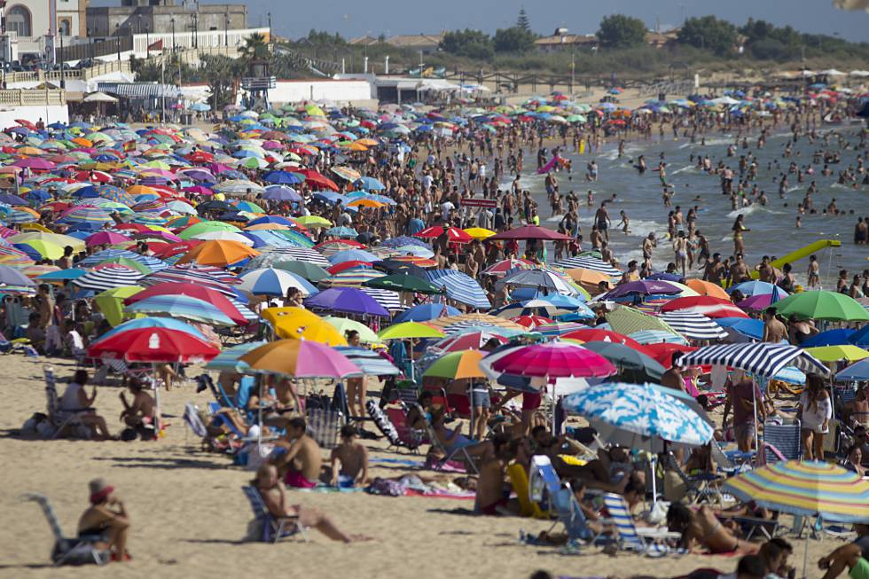 Spanish Tourist Sector For Spaniards The Summer Holiday Is Still A Beach But With WiFi