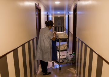 Las camareras de piso en Canarias harán huelga en protesta por las duras condiciones de trabajo