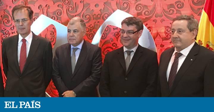 Thumbnail for Álvaro Nadal abre nuevas vías de colaboración con Argelia en energía