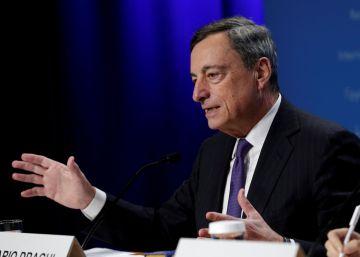 El BCE alarga nueve meses la compra de bonos pero recorta el volumen
