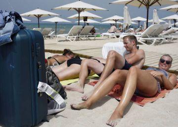 Así funcionaba la trama de las falsas intoxicaciones de británicos en hoteles de Mallorca