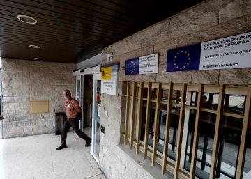 Los centros de refugiados no quieren vigilancia ?low cost?
