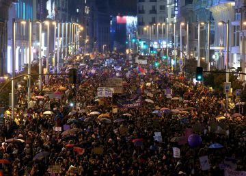 Movilización histórica por la igualdad de las mujeres