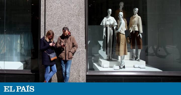 8ec64d78c La moda marca el paso al comercio electrónico en España   Economía   EL PAÍS