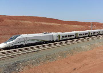 El AVE español a La Meca arranca (por fin) con pasajeros pero a 200 km/h