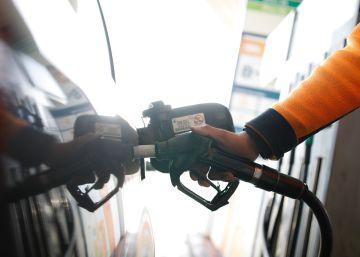 Los carburantes disparan el IPC al 2% en mayo, casi el doble que el mes anterior