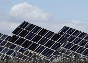 España traslada a Bruselas su cambio de rumbo en energías renovables