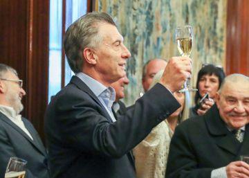 Argentina acuerda un rescate con el FMI de 50.000 millones de dólares