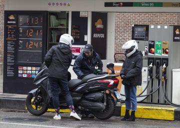 Los carburantes se disparan un 11% en mayo y llevan el IPC al 2,1%