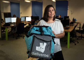 """""""Deliveroo da una oportunidad a los descolgados de la digitalización"""""""