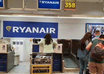 La huelga de Ryanair amenaza con derivar en un caos por la falta de servicios mínimos