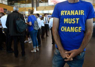Ryanair se deja un 4,21% en Bolsa el día que vivió la mayor huelga de su historia