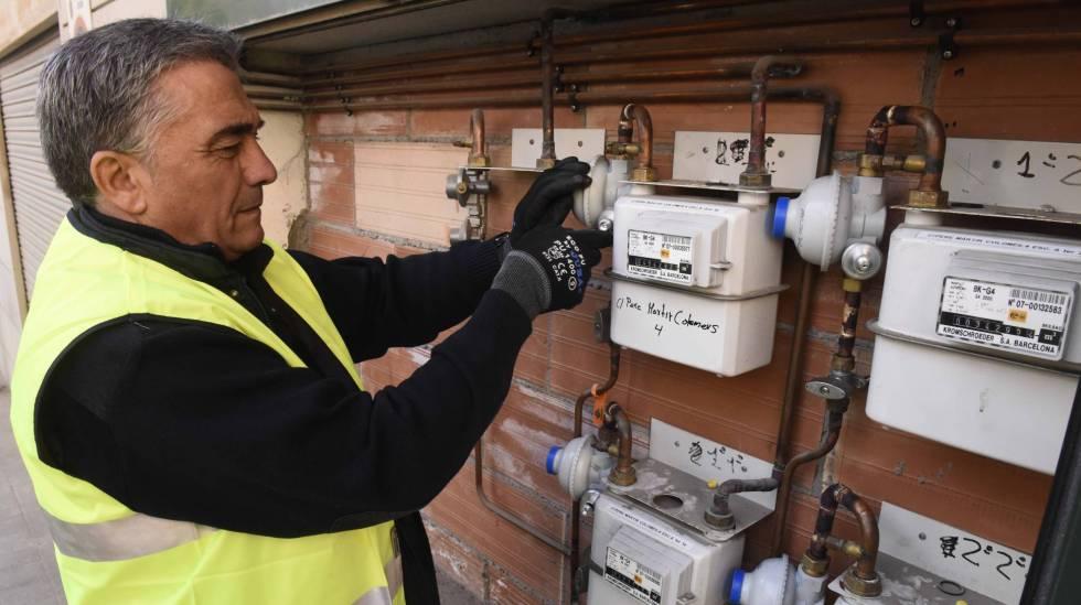 Avalancha de reclamaciones contra las eléctricas y gasistas: recibieron más de 1,5 millones de quejas en 2017
