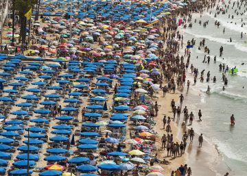 El Gobierno teme un estancamiento del turismo ante el frenazo de los principales mercados