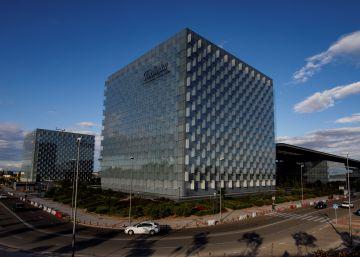 La CNMV pide explicaciones a Telefónica sobre posibles sanciones por corrupción