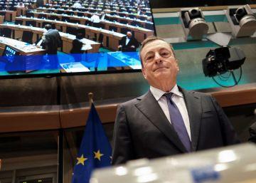 """Mario Draghi ve una recuperación """"vigorosa"""" de la inflación por el crecimiento salarial"""
