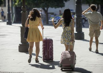 El Gobierno propone facilitar el veto de las comunidades de vecinos a los pisos turísticos