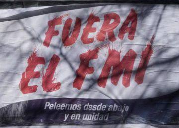 El FMI pone en números rojos a la economía argentina