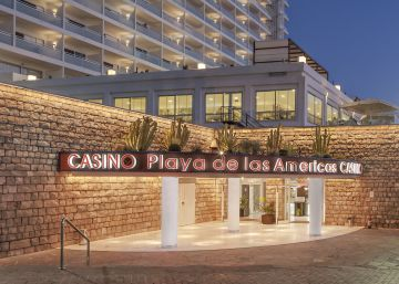 Tenerife vende sus tres casinos, los últimos de propiedad pública en España