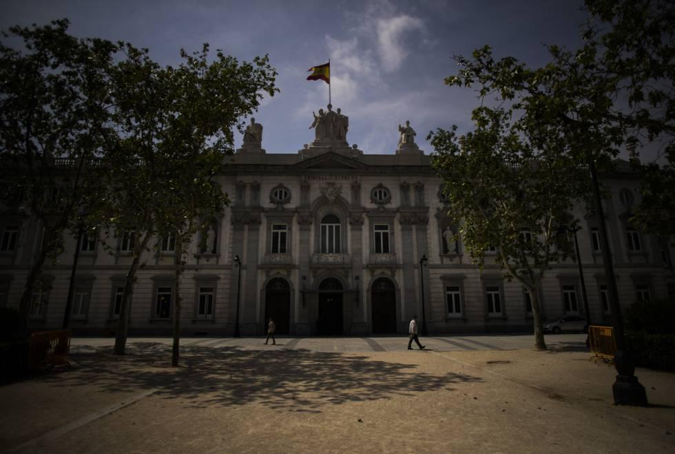 Una asociación de jueces pide la dimisión del presidente de lo contencioso del Supremo por el caso de las hipotecas