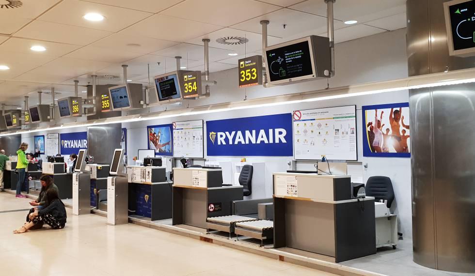 Ryanair gana un 7% menos en el semestre por las huelgas y la subida del combustible
