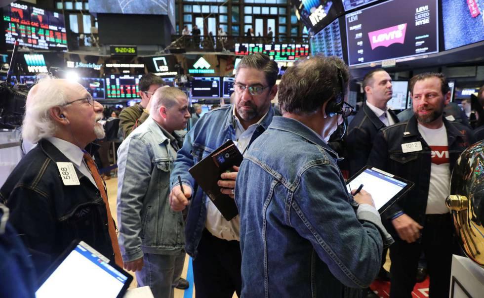 Los pantalones Levi's vuelven a cotizar en Bolsa tres décadas después y se estrenan subiendo un 30%