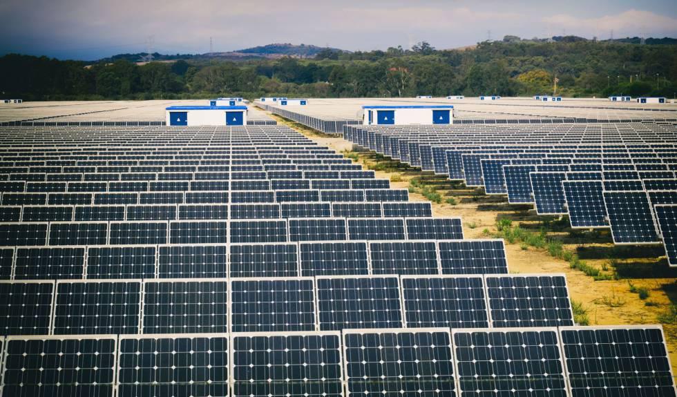 El Gobierno quiere endurecer los permisos para las instalaciones renovables por la sobredemanda
