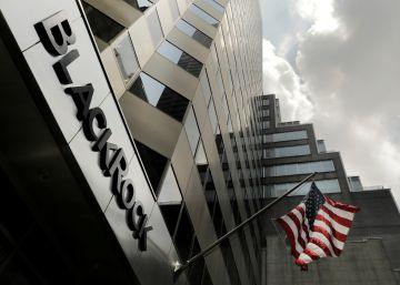 Italia se une al fondo Blackrock para rescatar el banco Carige