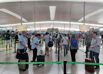 Los aeropuertos españoles baten su récord histórico con 29,4 millones de pasajeros en julio