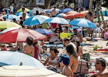 Spain sees fall in July tourist visits for second year running
