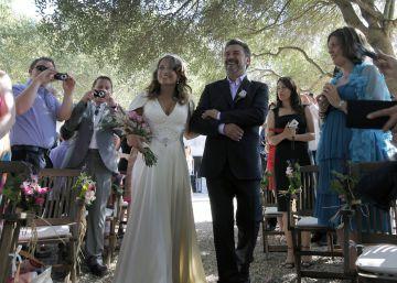 Un tribunal anula el cese de una mujer a la que despidieron por casarse