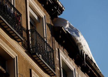 Ola de frío, teletrabajo y calefacción: cómo evitar sustos en el recibo de la luz