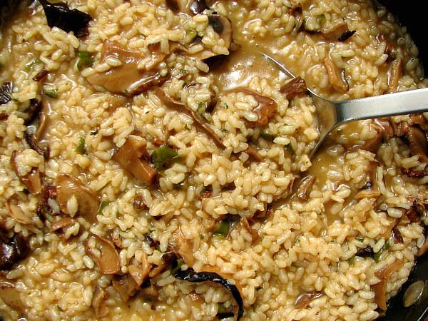 Arroz Caldoso Con Setas Y Pollo arroz con setas y pimiento verde | el comidista el paÍs