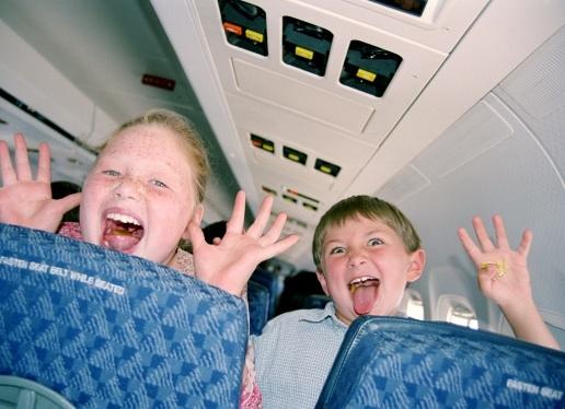 Debería haber zonas separadas para niños en los aviones   33925187ec7