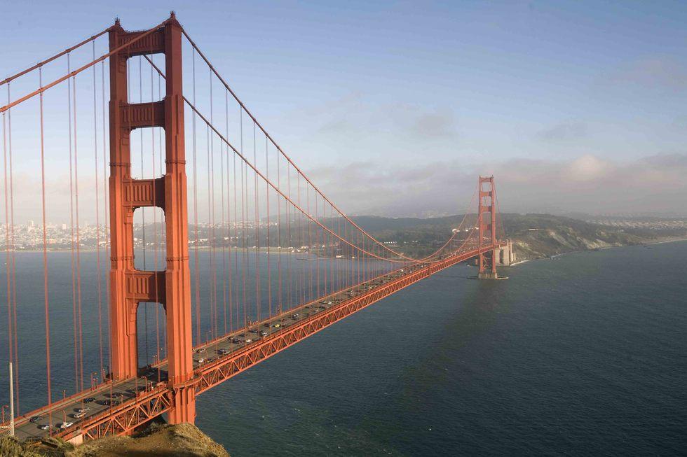 Acabar con los puentes? Mejor, con los horarios absurdos | Blog Paco ...