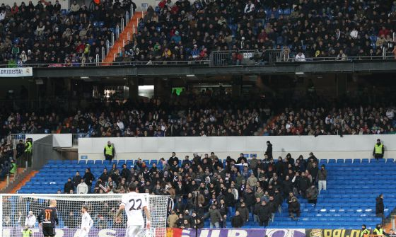 Real Madrid Turns Against Its Fanatical Ultras In English El Pais