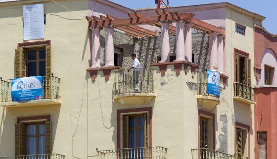 Antonio banderas buys m laga penthouse after split from - Casa home malaga ...