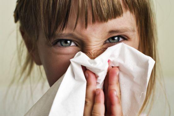 Dolor de cabeza severo después de estornudar