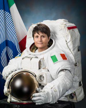 Astronauta europea en el espacio se estudia mejor c mo se producen muchas enfermedades - Ragazze diva futura ...