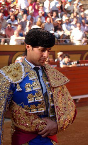 Rivera Ordóñez o la querencia del traje de luces  45bf4fd3b4f