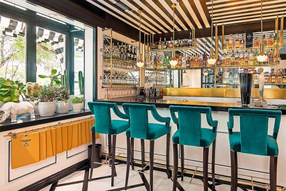 Nuevos bares nuevos comensales nuevas f rmulas el pa s for Decoracion de bares de tapas