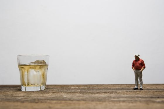 dejar de beber sin ayuda