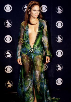 Jennifer Lopez  El icónico Versace de JLo impulsó la creación de Google  Imágenes  37b967c7cf97